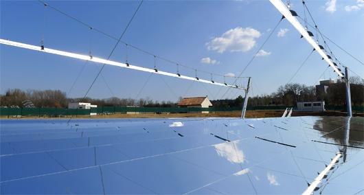 Centrale solaire thermodynamique à miroirs de Fresnel (©Alsolen)