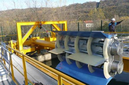 Visuel du prototype d'hydrolienne fluviale actuellement testée par Hydroquest. La PME grenobloise souhaite également s'orienter vers le des modèles marins, plus puissants,  et testera l'an prochain une hydrolienne estuarienne. (©Hydroquest)
