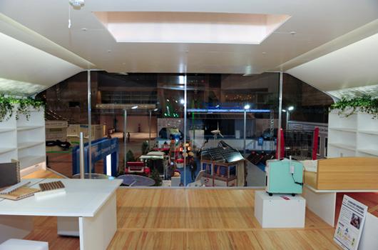 Vue de l'intérieur de la pièce polyédrique (©Nissan Motor Co., Ltd)