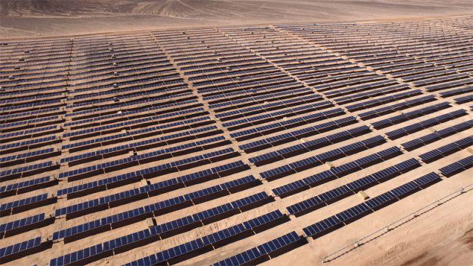 Bien que les coûts de production du solaire photovoltaïque soient réputés particulièrement bas au Chili, EDF ne souhaite pas communiquer sur ces données. (©EDF)