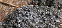 Minerai d'uranium naturel