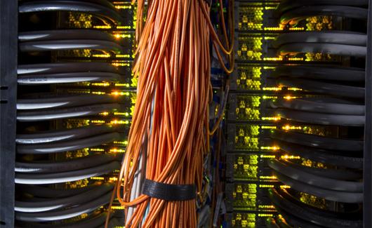 Pangea vise notamment à gagner du temps et de la précision dans la modélisation des sous-sols. Il est 15 fois plus rapide que le précédent superordinateur de Total.(©Pascal Laurent/Total)